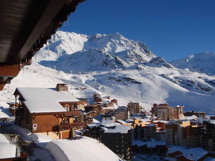 Val Thorens at 2300m, this highest ski resort in Europe